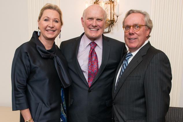 Carol Linn, from left, Terry Bradshaw and Mike Linn at the Touchdown for Teachers dinner November 2014