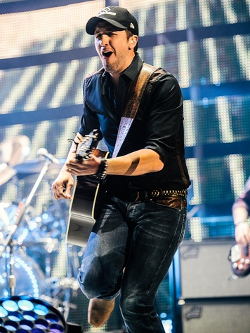 Luke Bryan at Houston Rodeo March 2014