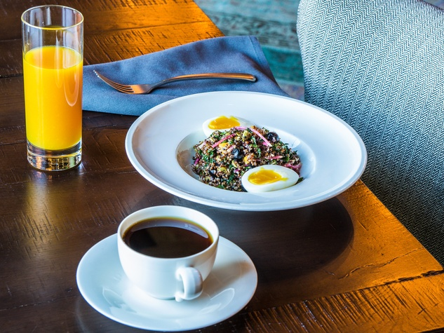 Gerladine's restaurant quinoa brunch salad