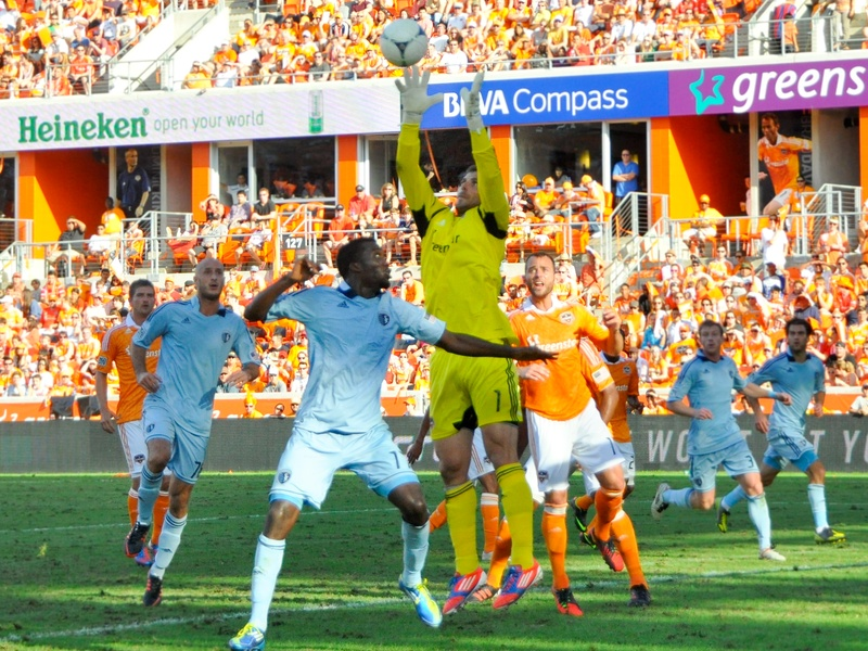 Dynamo KC goal action