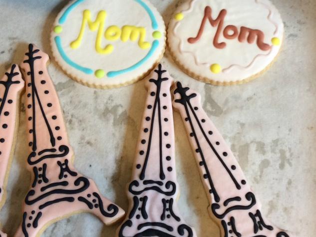 La Patisserie_Mother's Day cookies_2015