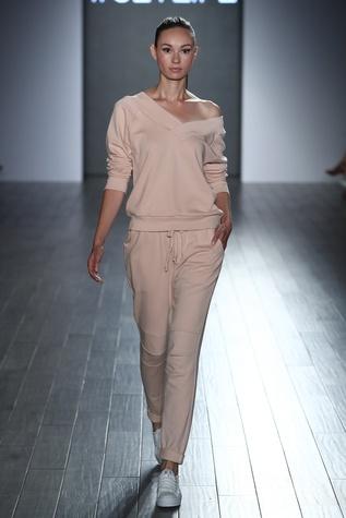 Eva Longoria New York Fashion Week 2017