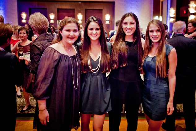 14 Grace Graubart, Jordan Goldberg, Isabel Graubart and Molly Horowitz