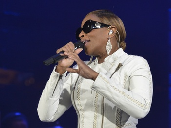 R&B royalty Mary J. Blige, Nas bring the love to Houston this summer