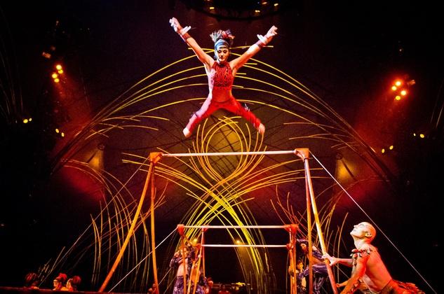 Cirque du Soleil Amaluna February 2015 Uneven Bars