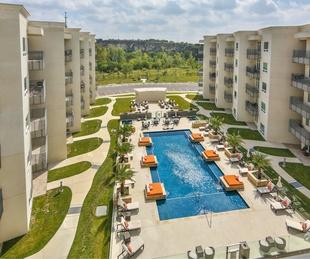 17902 La Cantera Pkwy condo for sale San Antonio pool