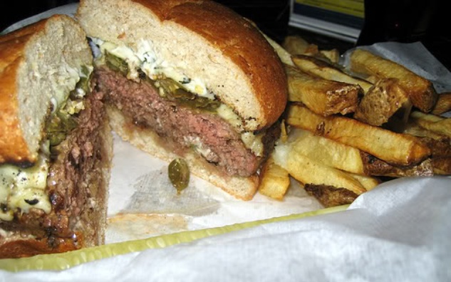 Austin Photo Set: Layne_best burgers in austin_may 2012_casino el camino