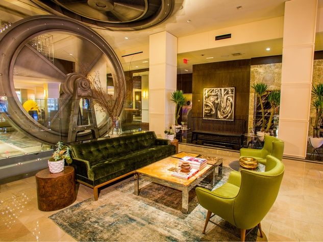 Joule hotel lobby