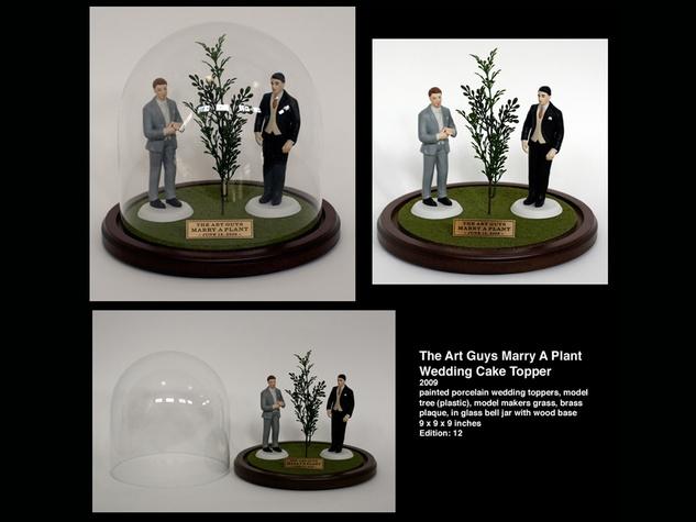 News_Art Guys_marry plant_wedding cake topper