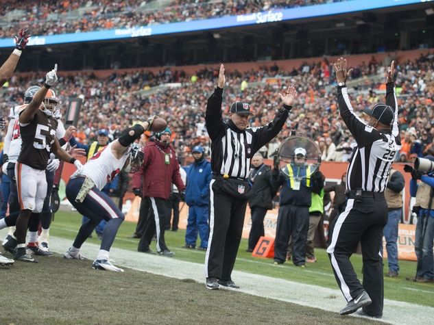 4 Texans vs. Browns J.J. Watt touchdown_November 2014