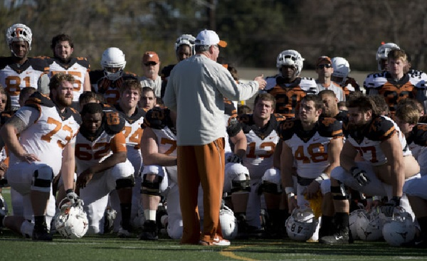 Austin Photo: News_kevin_longhorn resolutions_dec 2012_football team alamo bowl