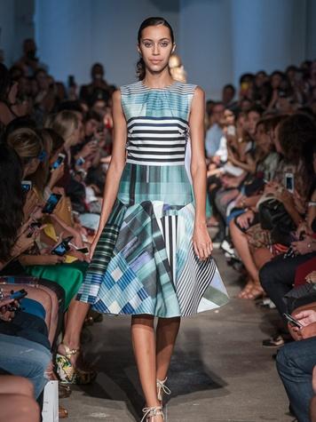 Look 1 Fashion Week spring 2014 Rolando Santana
