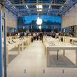 News_Apple store_interior_Highland Village_March 2012