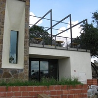 austin photo: places_food_maudies_hillcountry_exterior