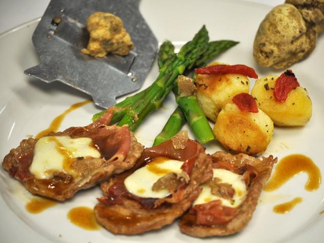 Arcodoro white truffle dish with veal November 2013