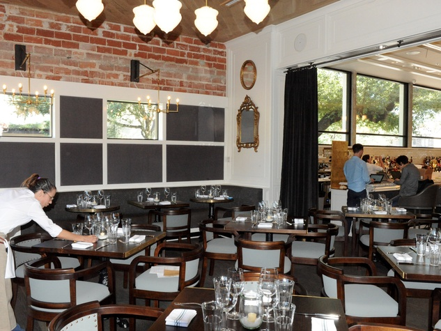 Inside new river oaks restaurant from hotlanta chef who s