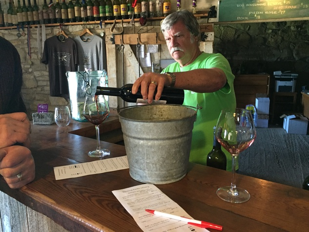 Barking Rocks Winery in Granbury