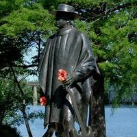 Stevie Ray Vaughan statue