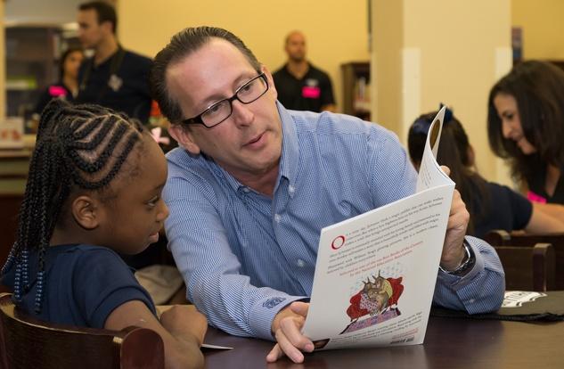 News, Shelby, AdvoCare reading event, August 2014, Jonathan Rosenberg