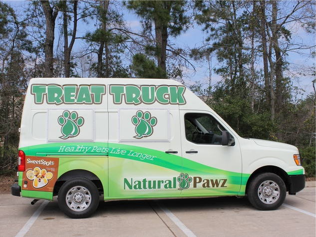 Treat Truck pet food Natural Pawz March 2014