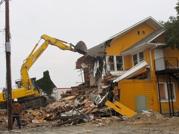 ruggles grill demolished