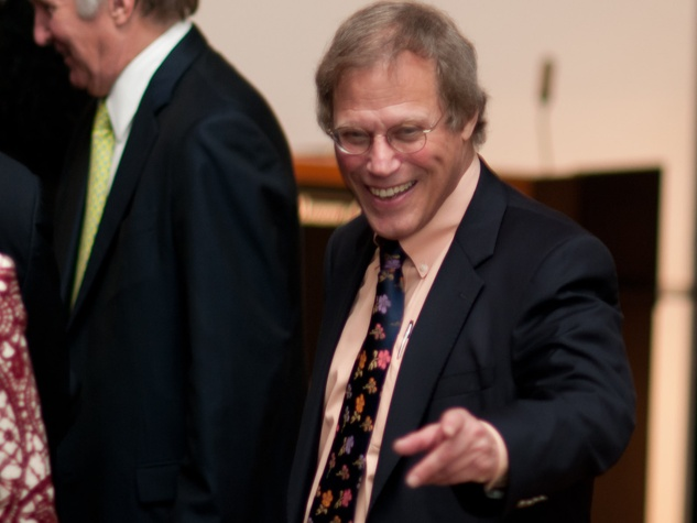 News_Kinder Urban Research movie_March 2012_Stephen Klineberg_at podium