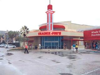 News_Trader Joe's_Alabama Theatre_back