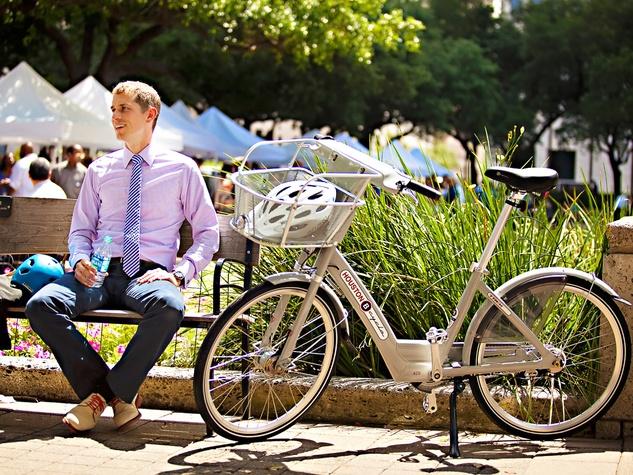 News_B-cycle_May 2012_Bike Houston president_Darren Saborn