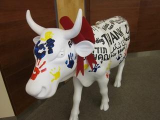 Austin Photo: News_Kevin_CowParade_Dec 2011_Leno cow
