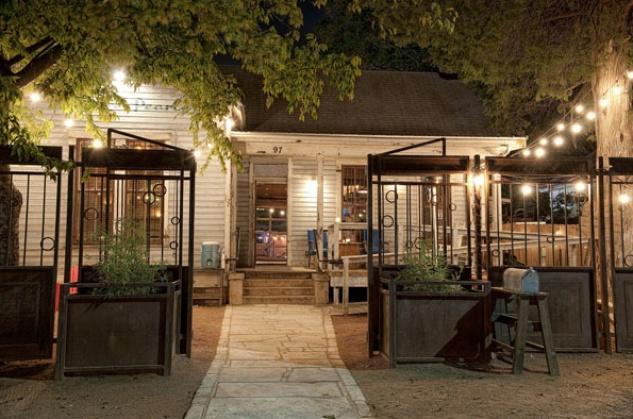Austin Photo Set: News_Caitlin_Lustre Pearl_best outdoor bar_june 2012_3