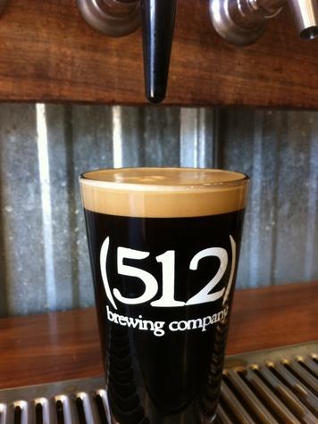 glass of 512 Pecan Porter