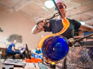 Carlyn Ray Designs, glass, Design District