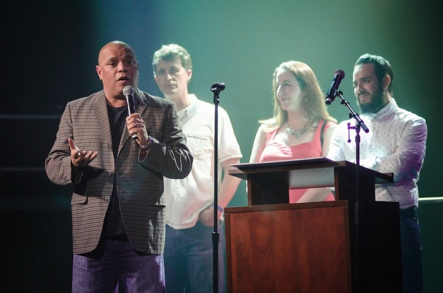 Mike Martinez accepts Friend of Austin Music Award