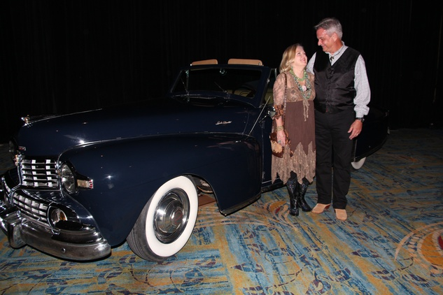 19 Dana and Bill Hines at the Northwest Ministries Jeans & Jewels Gala October 2014