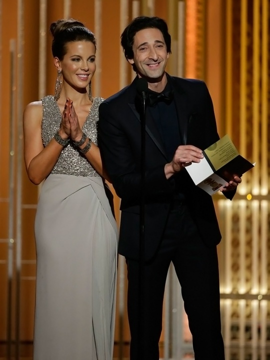 68 Kate Beckinsale and Adrien Brody Golden Globes fashion January 2015