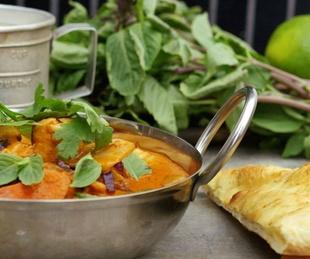 Moxie's, red Thai curry