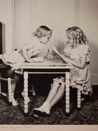 austin_photo: news_sam_links we love_girls reading