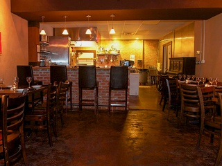 Urbano Cafe, Restaurant, American