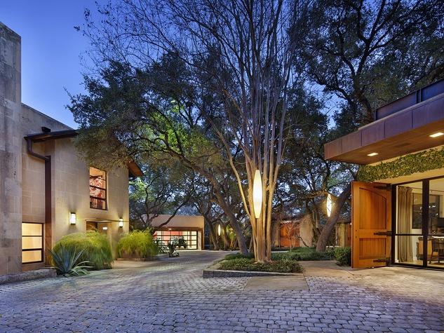 courtyard 2800 Stratford