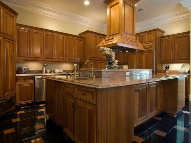 On the Market 2216 Chilton Road January 2015 BEFORE kitchen