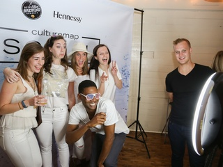 CultureMap Social: The Art Edition at Palm Door Photo Booth Mallory Farr Garland Parsley Kelly Bloomrosen Nelle Johnstone Alston Nuckols