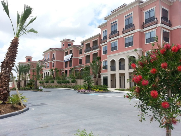 The Grove at Wilcrest Luxury Apartments exterior day June 2014