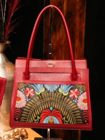Dee Ocleppo handbag at Plaza apartment