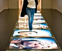 News_MFAH_photo contest_Take a Shot_girl_light strip