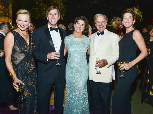 3 Pamela Murrin, from left, Ted Smith, Wendi Grimes and Antony and Ann Merck at the MFAH Grand Gala Ball October 2013