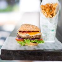 Rico's Park Burger