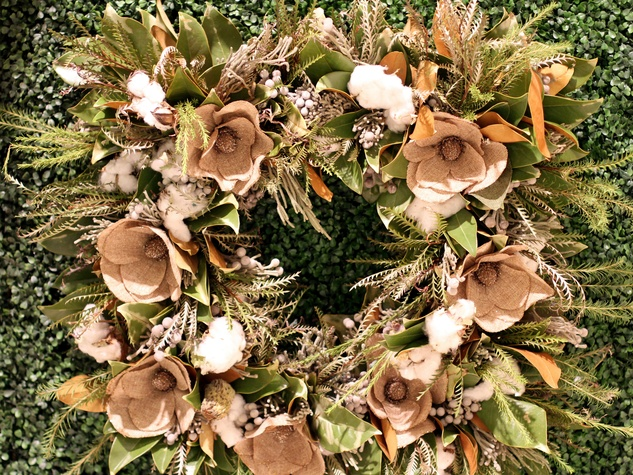Sissys Southern Kitchen and Bar, DIFFA Wreaths