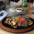 5 Red Ox Bar & Grill May 2014 fajitas