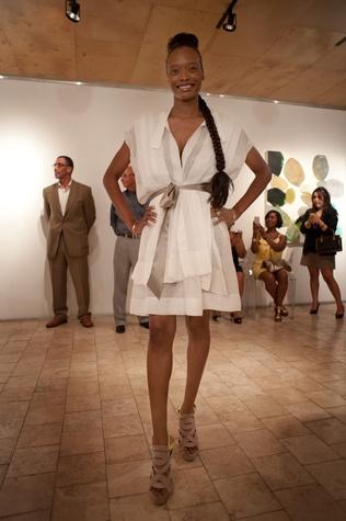 359 Houston Toni Whitaker fashion show May 2013