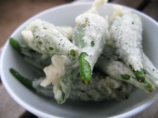 Mot Hai Ba, tempura okra